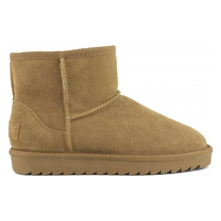 COLORS OF CALIFORNIA UGG BOOT IN SUEDE