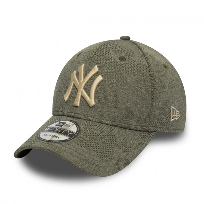 NEW ERA NEW YORK YANKEES ENGINEERED PLUS 9FORTY