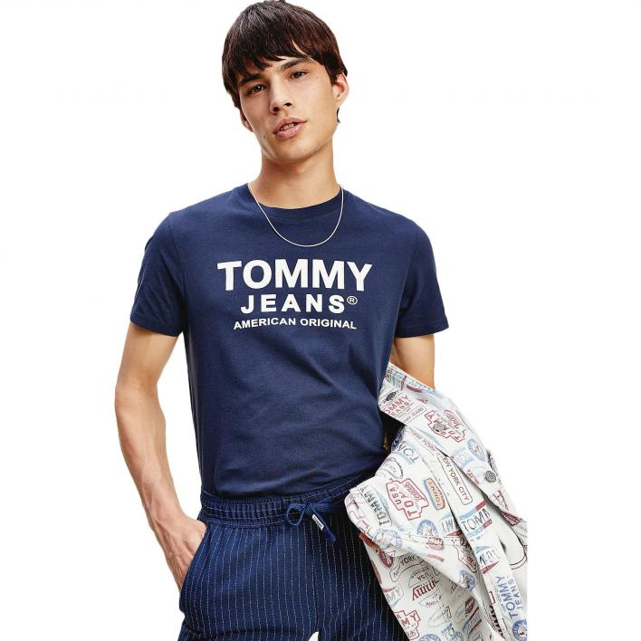 TOMMY JEANS TJM ESSENTIAL FRONT LOGO TEE
