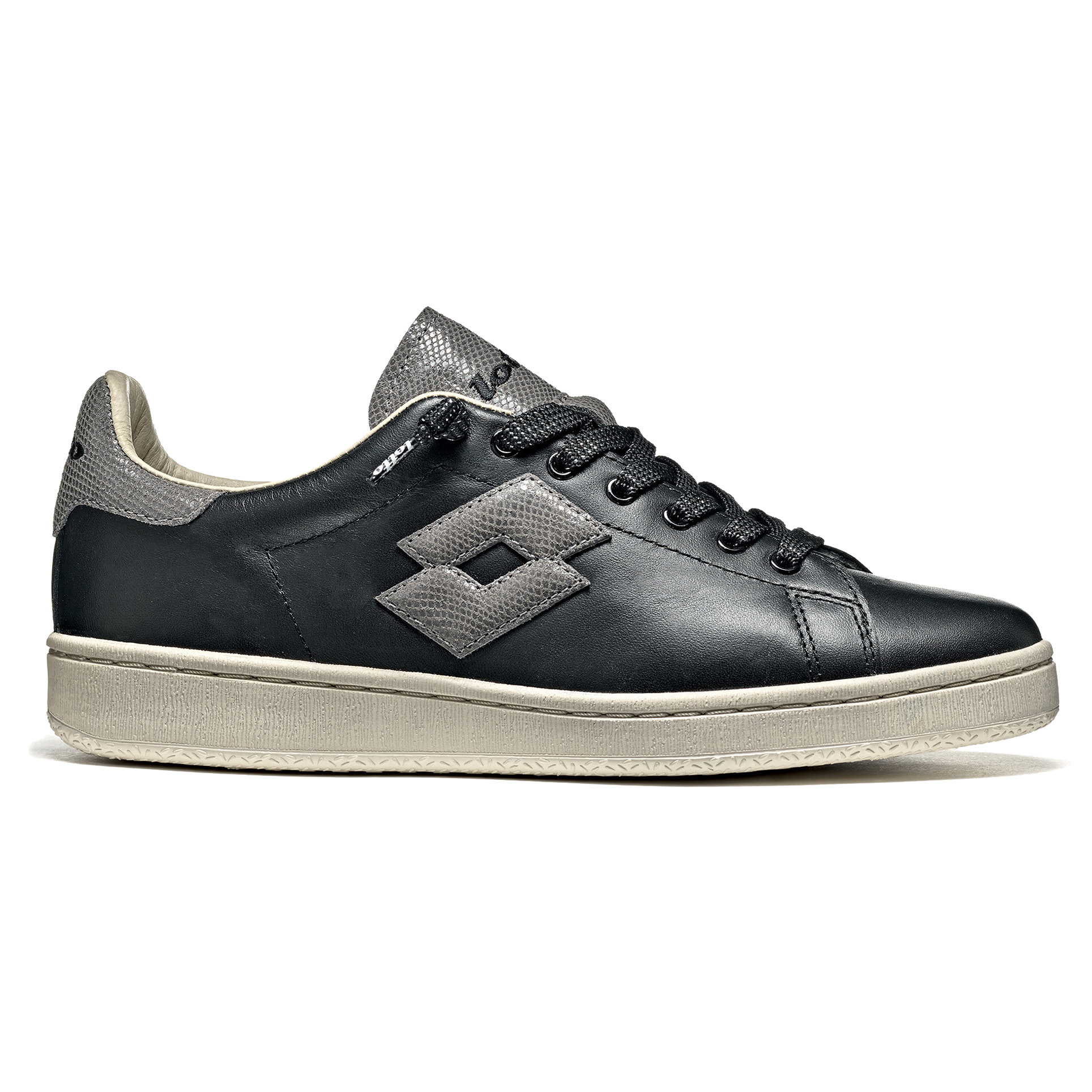 NS. 267473 DIADORA GAME L LOW WAXED UNISEX C6307 V 35